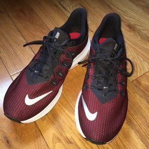 NWOT Men's Nike Sneakers